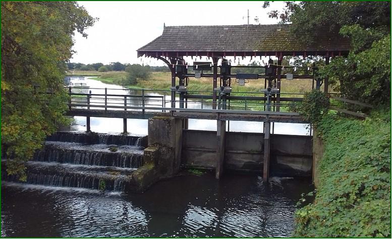 9 Newark Weir