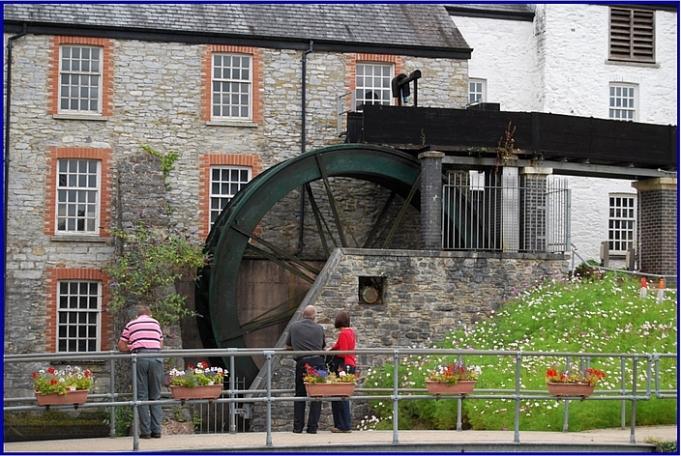 Buckfast waterwheel