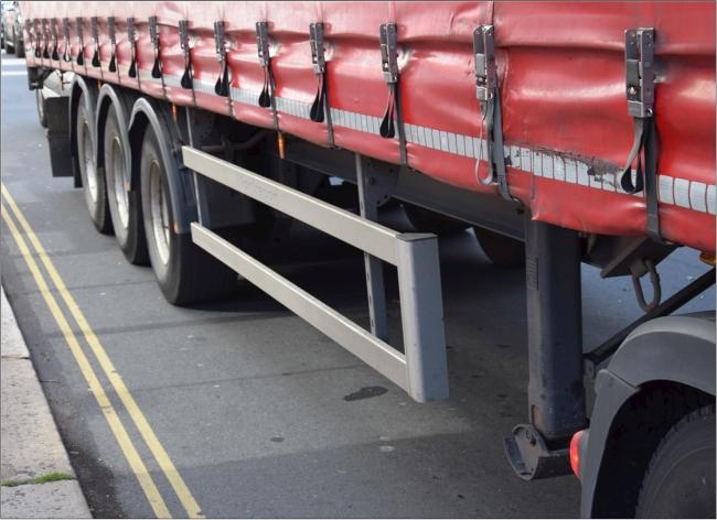 Lorry sidebars